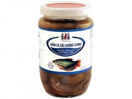 THREE LADIES Amazing Salted Boneless Gouramy Fish Sauce/ Mam Ca Sac Khong Xuong 15 OZ
